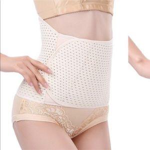 Beige breathable waist trainer/clencher